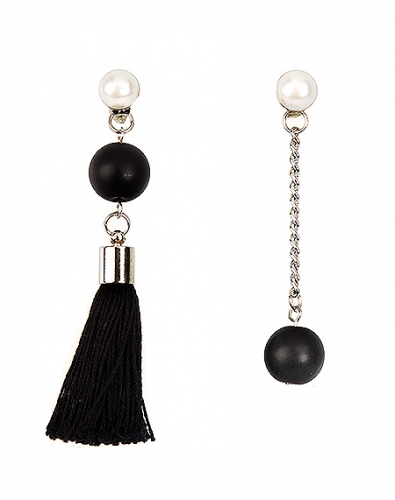 Unbalanced Black Drop Tassel Earring