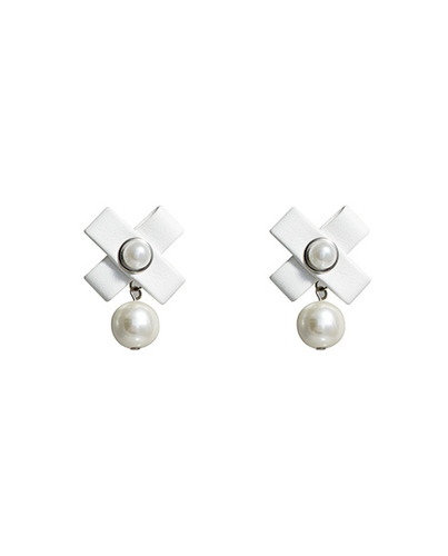 Leather Cross Pearl earring