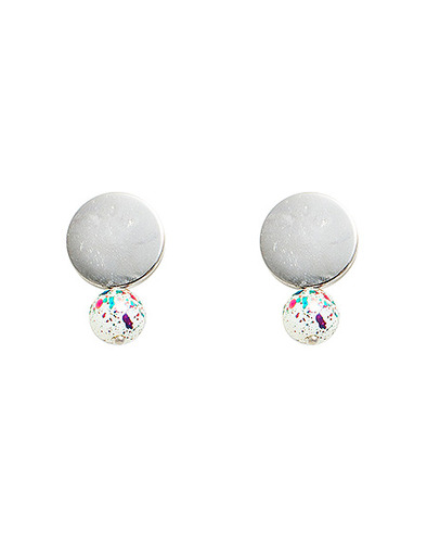 Spread ball Earring