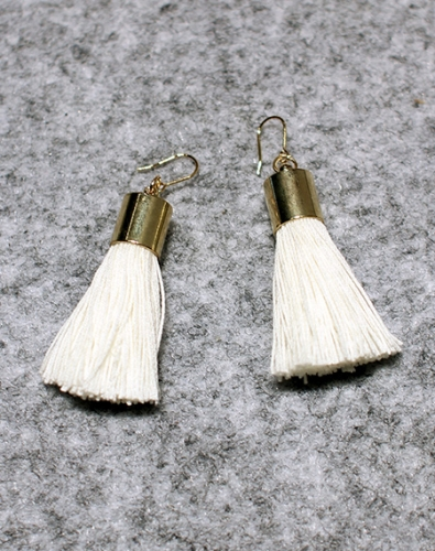 Simple Tassel Earring_Ivory
