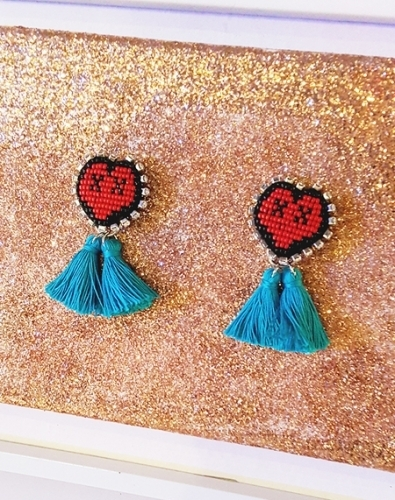 XOXO heart tassel earring