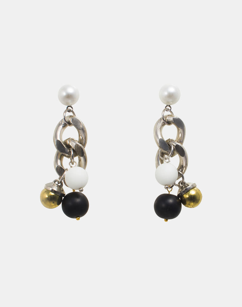 Ella Beads drop earring